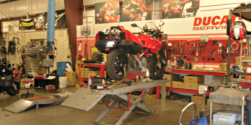 renos-powersports-warehouse